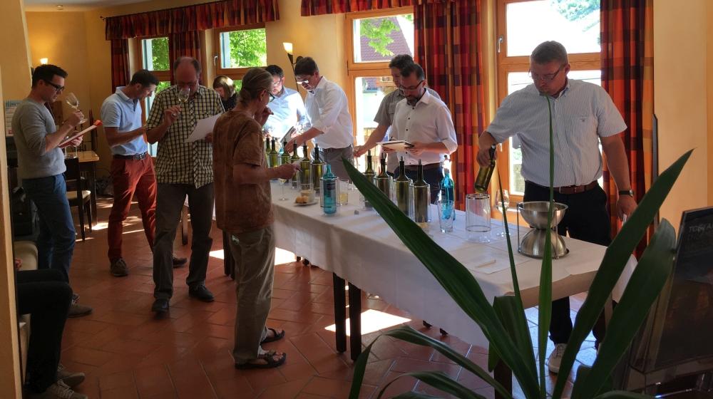 Saale Unstrut Wein Probe